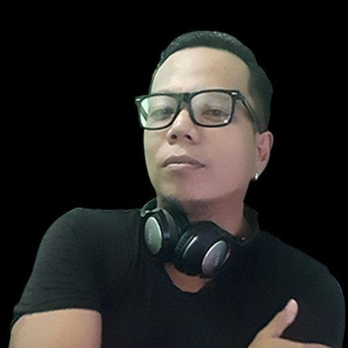 Follow DJ Jimi Five